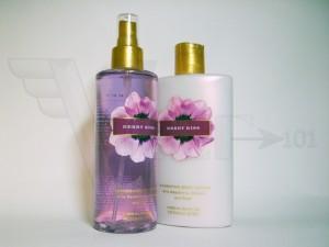 b20e56ba89e60 Victoria's Secret Berry Kiss Body Mist + Body Lotion | VREF 101
