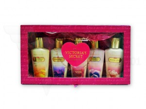 Victoria's Secret Mini Lotion Set with box